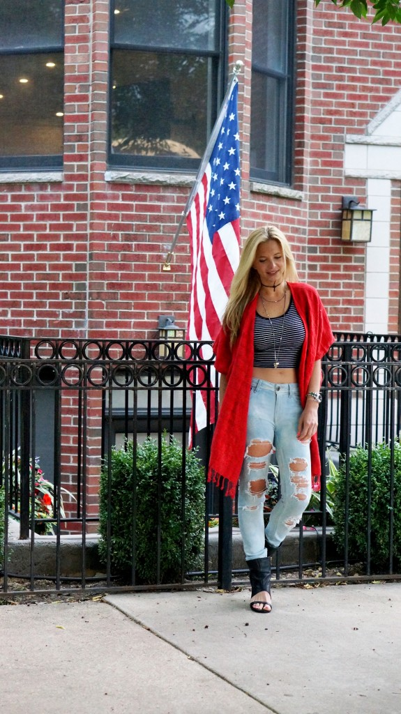 fourth of july outfit, red folding room kimono, distressed jeans 1